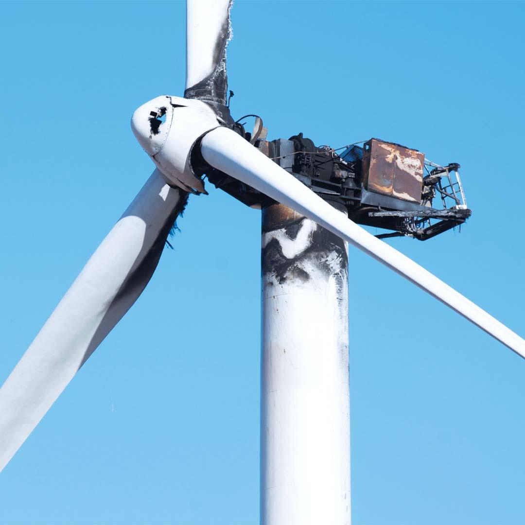 Reacton-Power-Generation-Wind-Turbine-Burnt-01