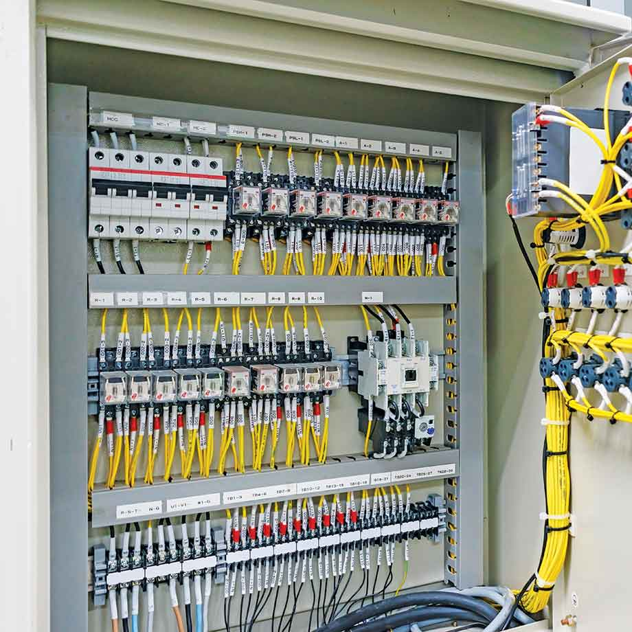 04-Reacton-Electrical-Panels-and-Equipment-Why-Clean-Agent-01
