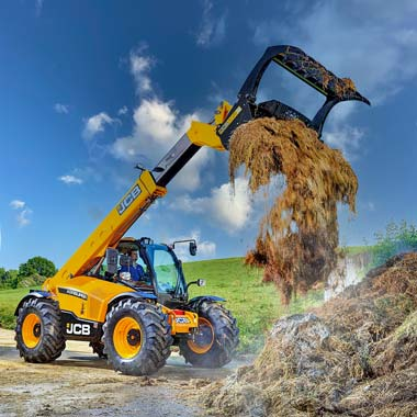 04-Reacton-Agriculture-and-Farming-Telehandlers-01
