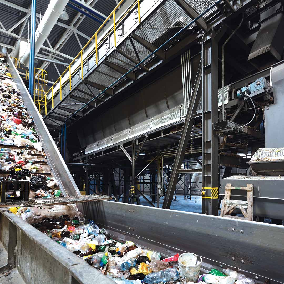 Waste and recycling fire suppression