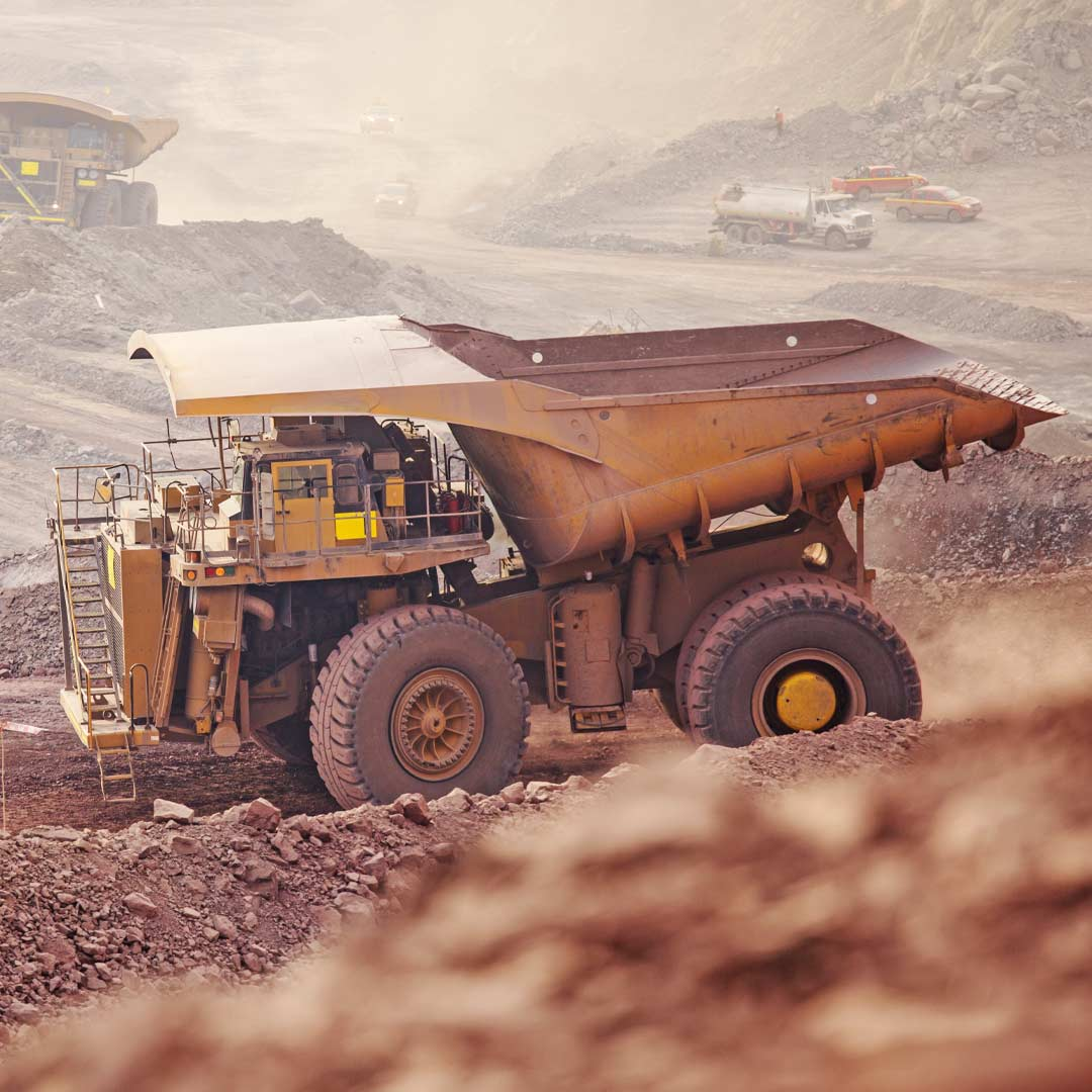 Reacton-Mining-Industry-Dump-Truck-01