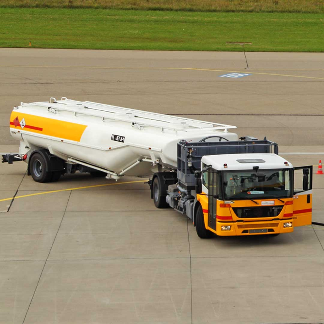 Reacton-Aviation-Fuel-Tanker-01